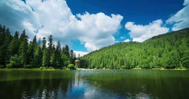 Zeitraffer Bergsee