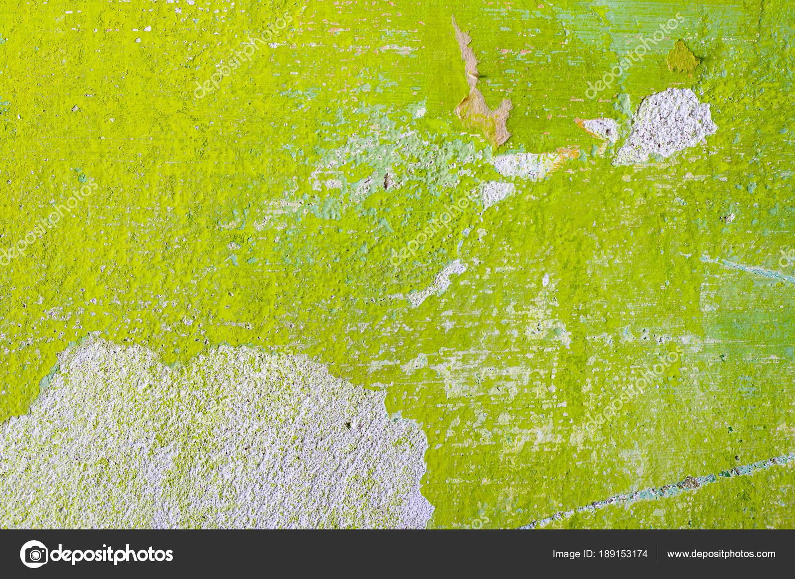 Grüne Reparatur Wand Hintergrund Mit Kratz  Und Blatt Papier. Grobe  Hausarbeit Tapete Design Hintergrund. Farbe Raum Innendekoration Textur  Vorlage U2014 Foto ...