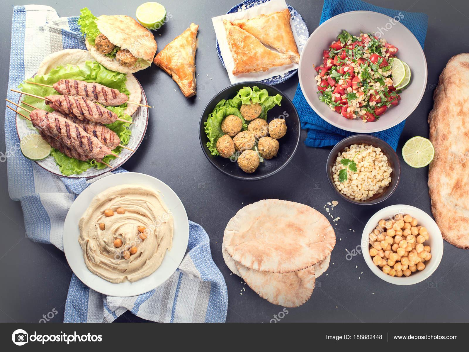 Selección Comida Árabe Cocina Del Medio Oriente Alimentos Halal ...