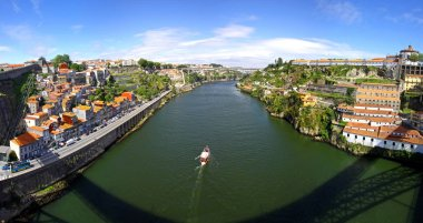 Panorama of Duoro river and buildings in Porto, Portugal