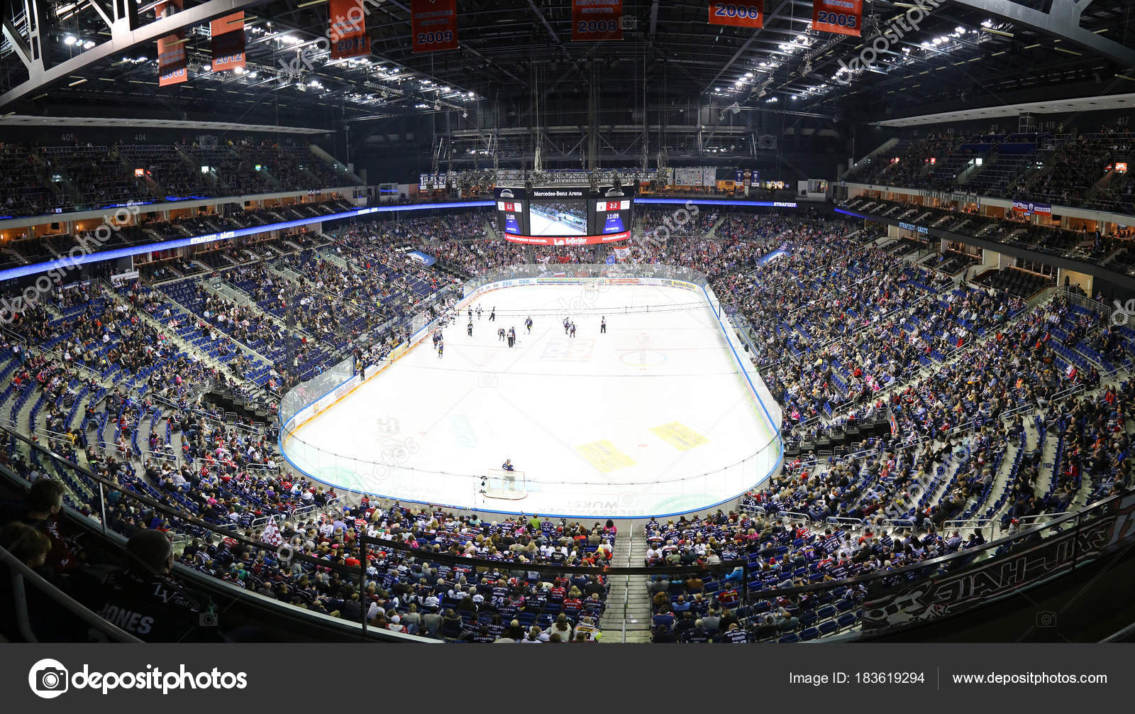 Mercedes benz arena in berlin during ice hockey game for Mercedes benz stadium application