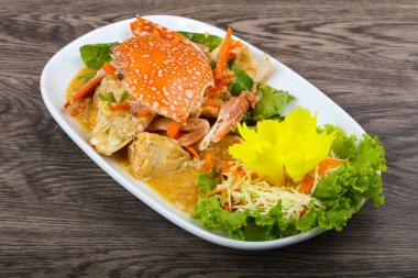Boiled crab with sauce