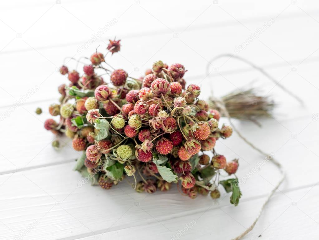 A bunch of strawberry dried for tea