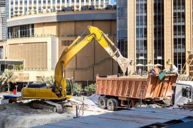 Construction worker in Dubai Marina