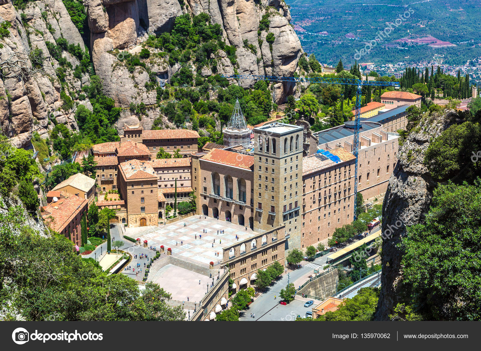 1d35c6d1c0 Santa Maria de Montserrat abbey — Stock Photo © bloodua  135970062