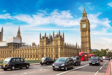 Big Ben, Westminster Bridge, red buses