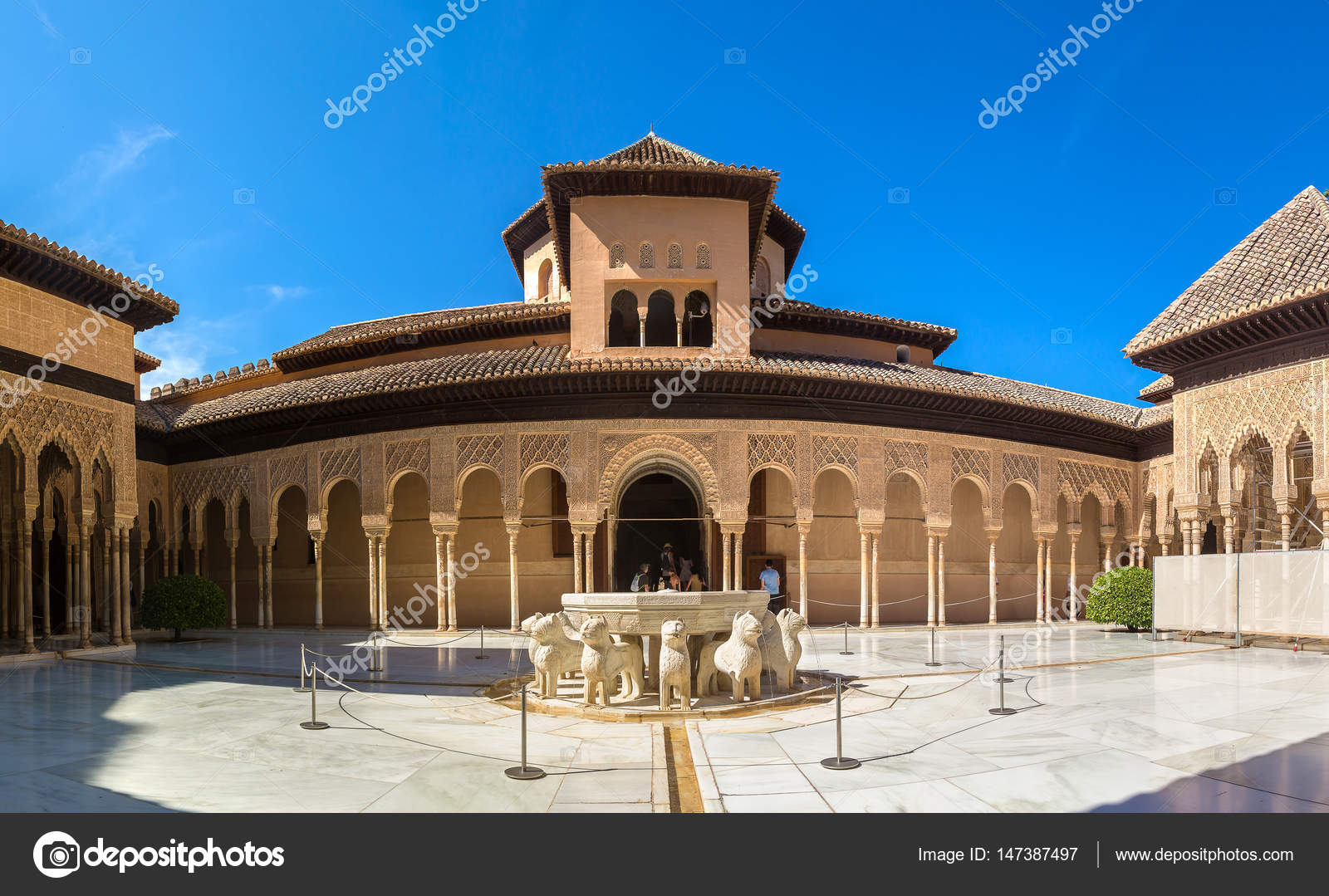 Palacio Patio Leones Corte De Los Leones En El Palacio De La