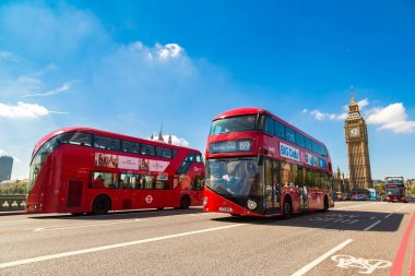 Westminster Bridge and red double decker bus