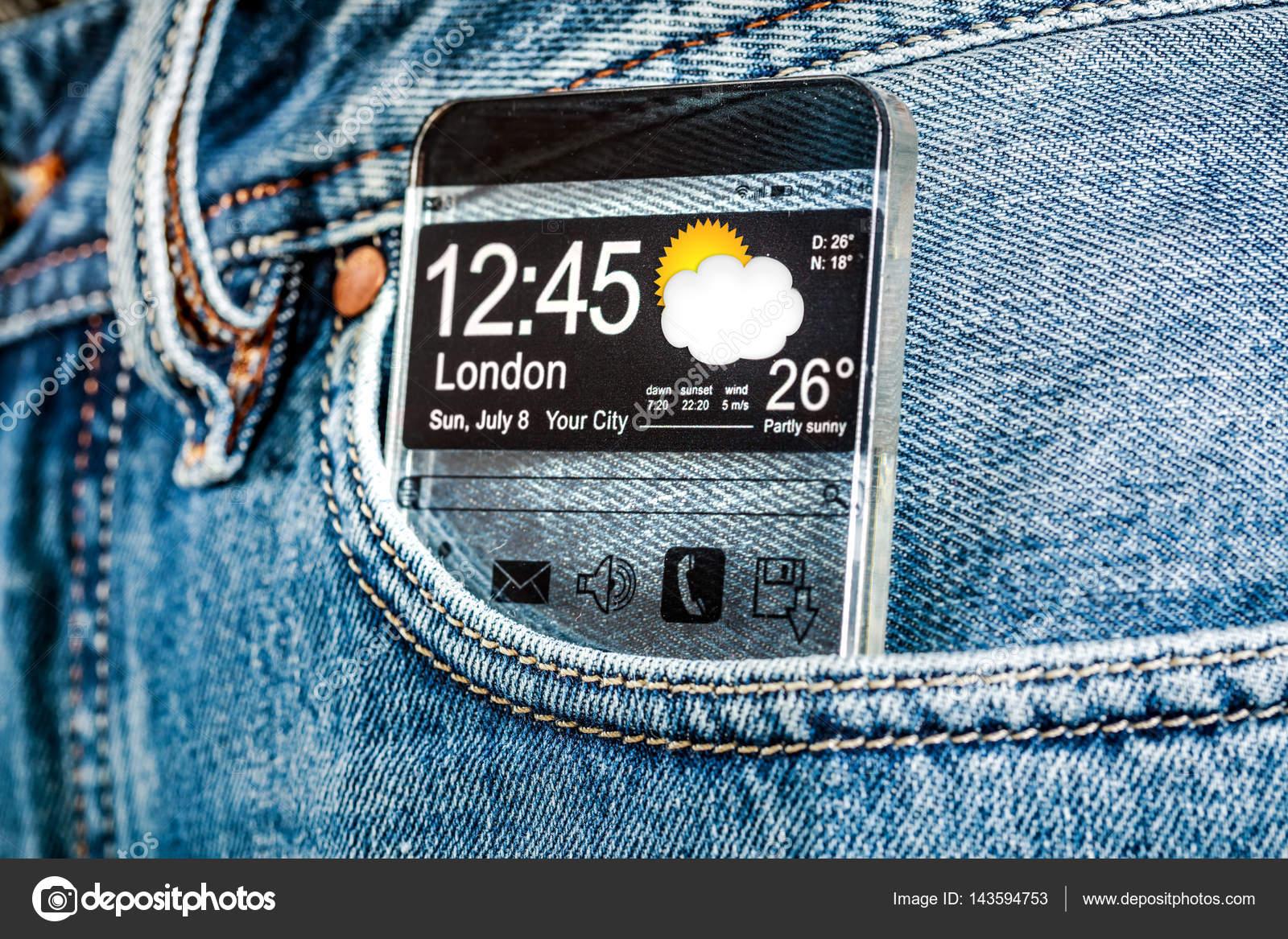 7a6fbaab7 Smartphone com uma tela transparente no bolso das calças de brim —  Fotografia de Stock