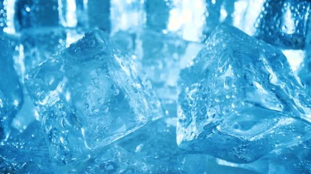 Eiswürfel Nahaufnahme, abstrakter Hintergrund.