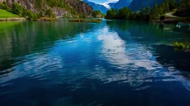 Schöne Naturlandschaft Norwegens. Lovatnet-See.