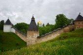 Monastero di Pskov-grotte o il monastero della Dormizione Pskovo-Pechersky
