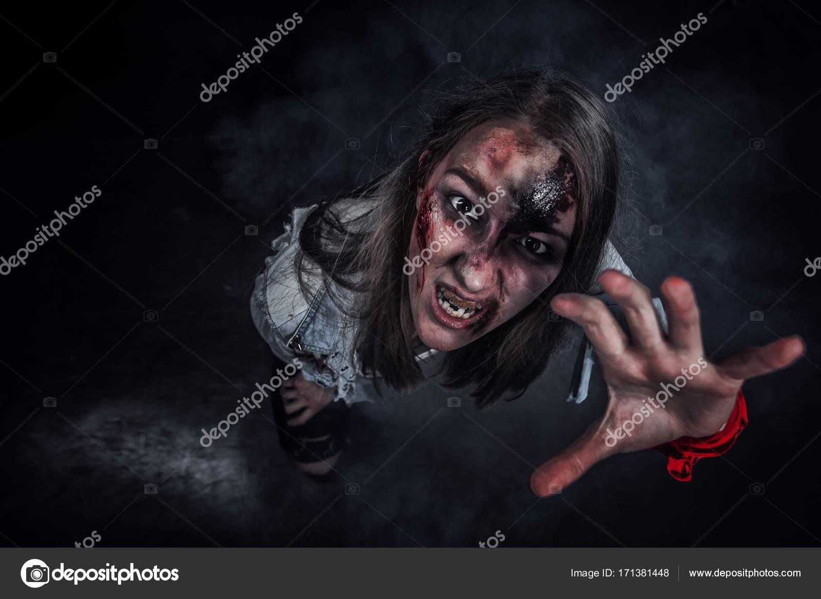 Femme De Zombie Fond D Horreur Pour Halloween Concept Et De