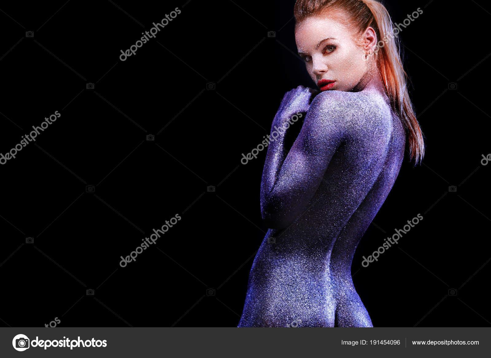 www nudes girls com