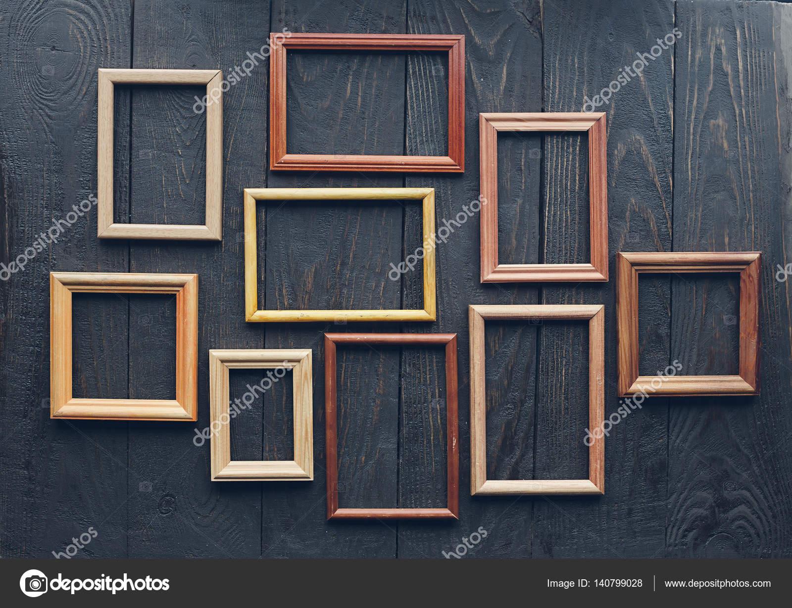 marcos antiguos en pared — Foto de stock © avlntn #140799028