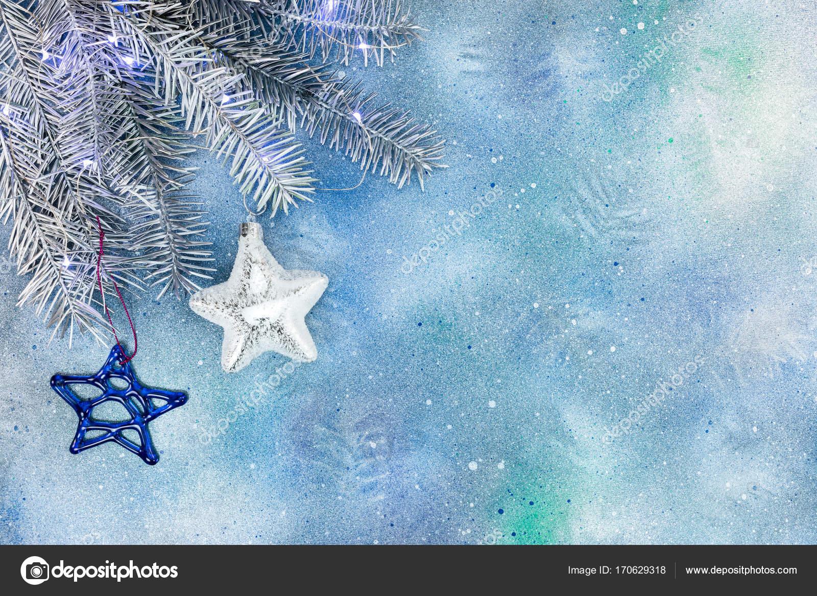 Decorazioni Albero Di Natale Blu : Ramo di albero di natale d argento con decorazioni di vetro stelle