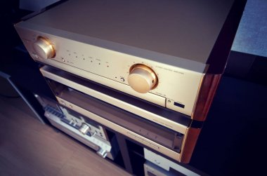 Two Amplifier Vintage Audio Stereo System Luxury High End