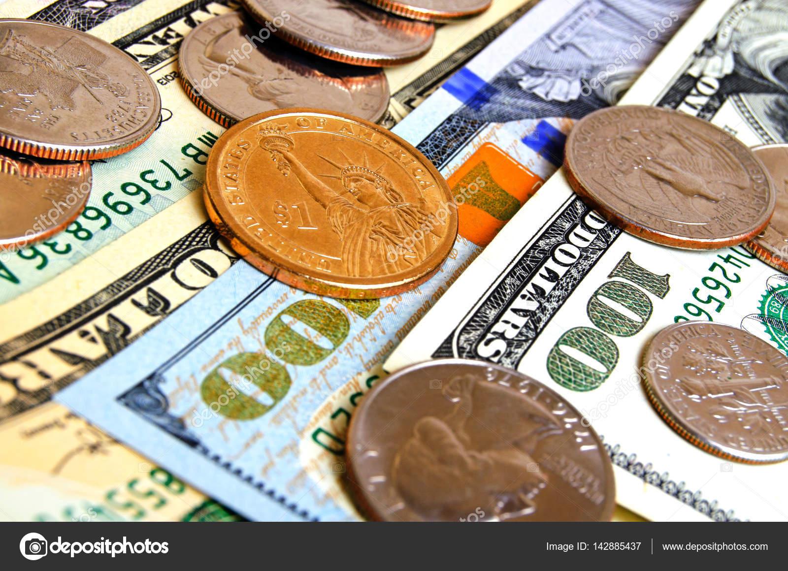 Dollar Usa Münzen Und Scheine Stockfoto 142885437