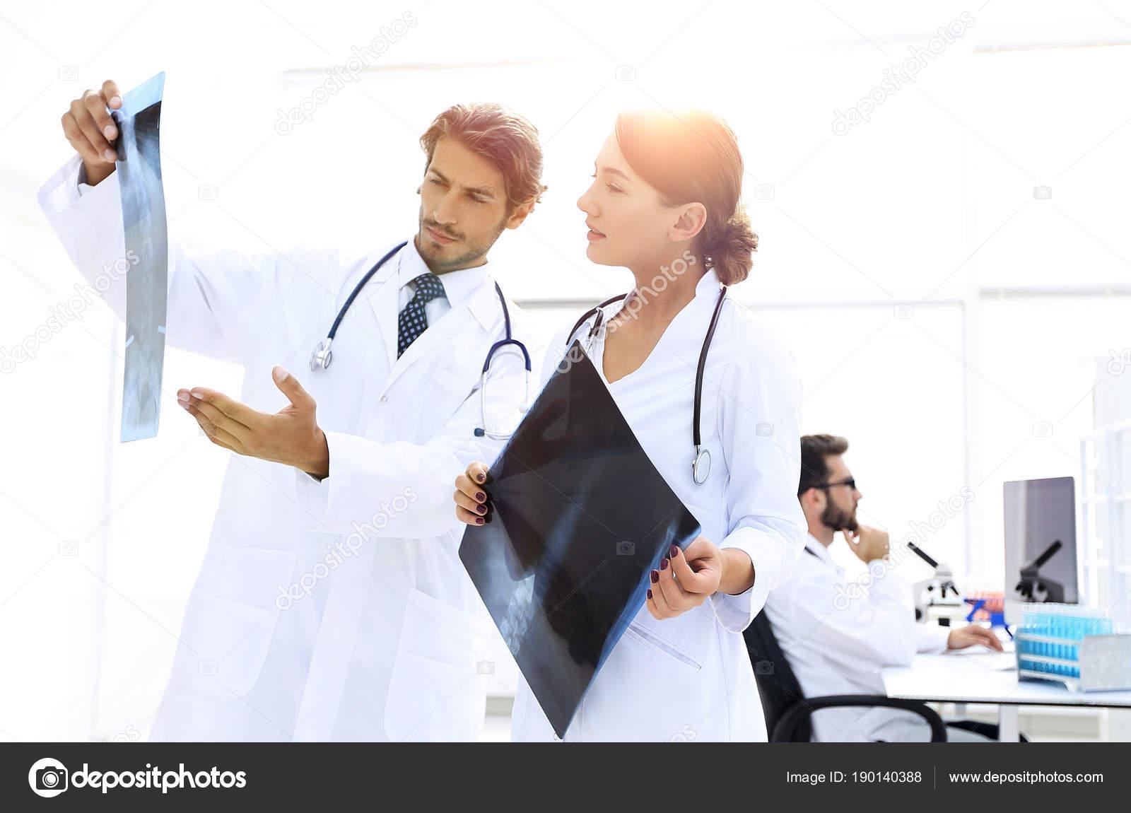 Wunderbar Krankenschwestern Nehmen Beispiele Wieder Auf Ideen ...