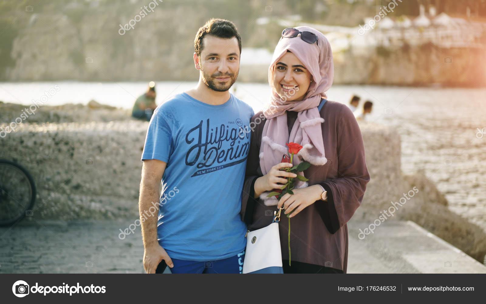 dating online în antalya)