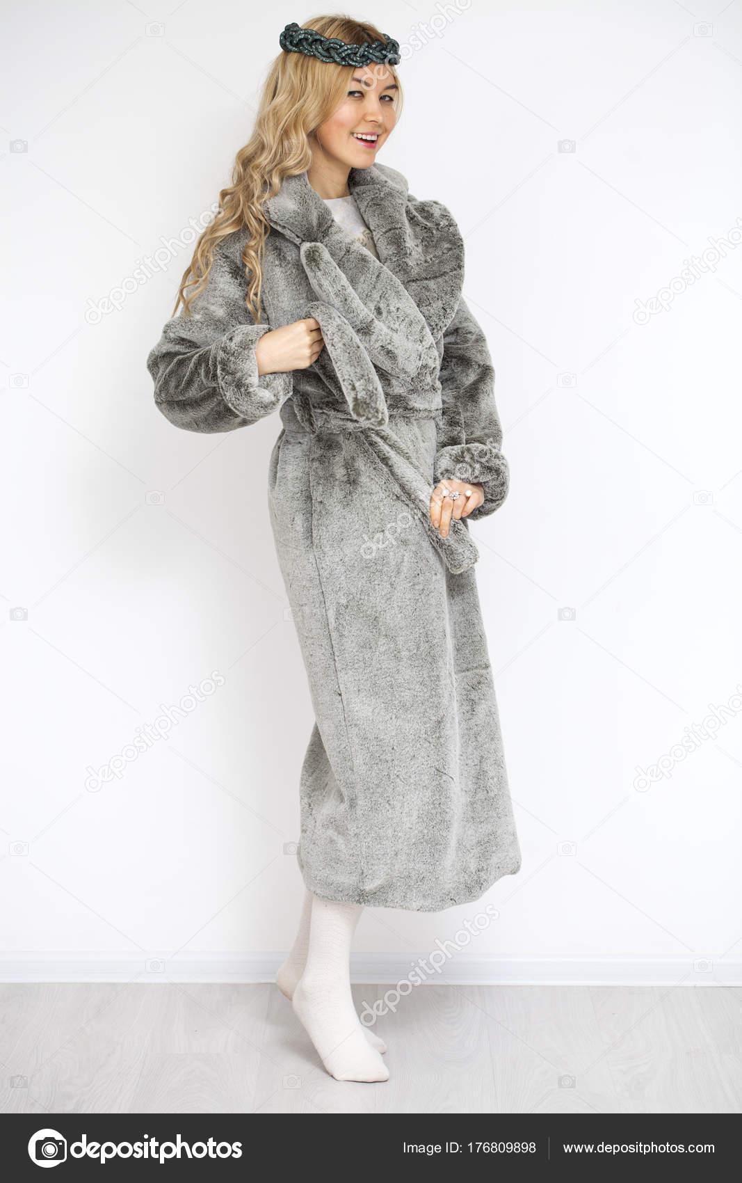 Abrigo de paСЂС–РІВ±o gris