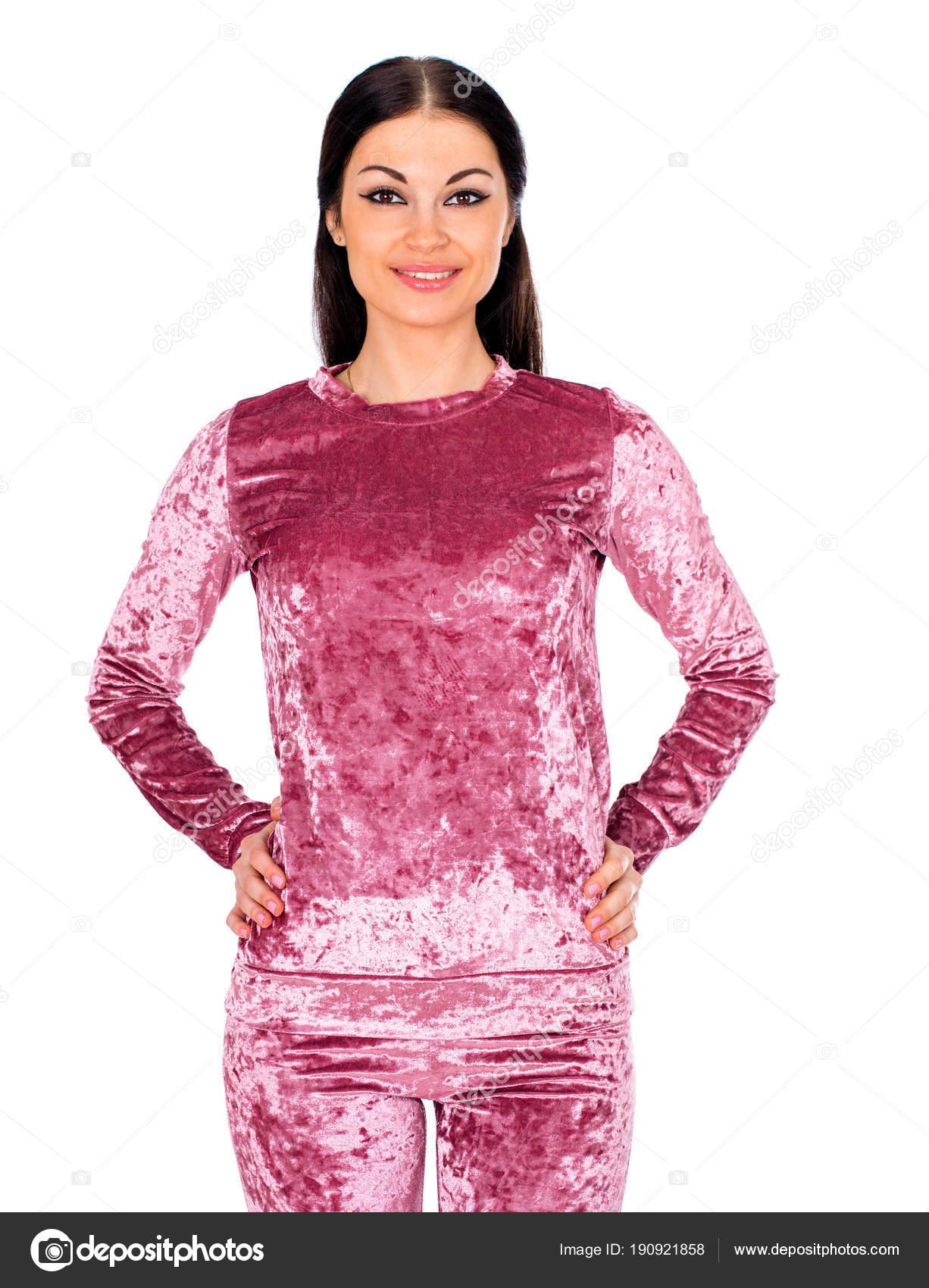 Parte del cuerpo sexy, mujer en traje de deporte de terciopelo ...
