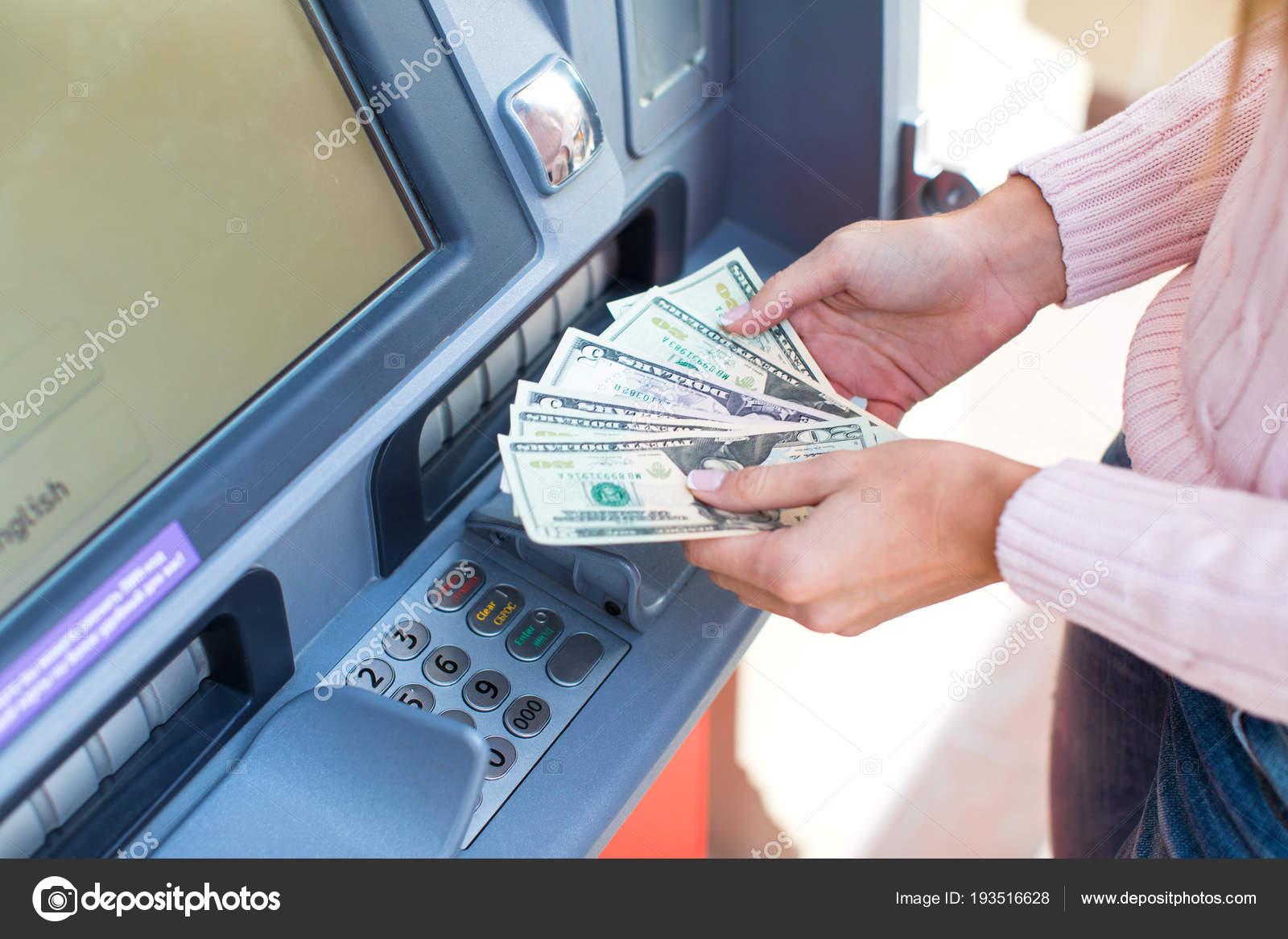 Снимают баб за деньги, Пикап порно. Парни подкатывают к девушкам 23 фотография