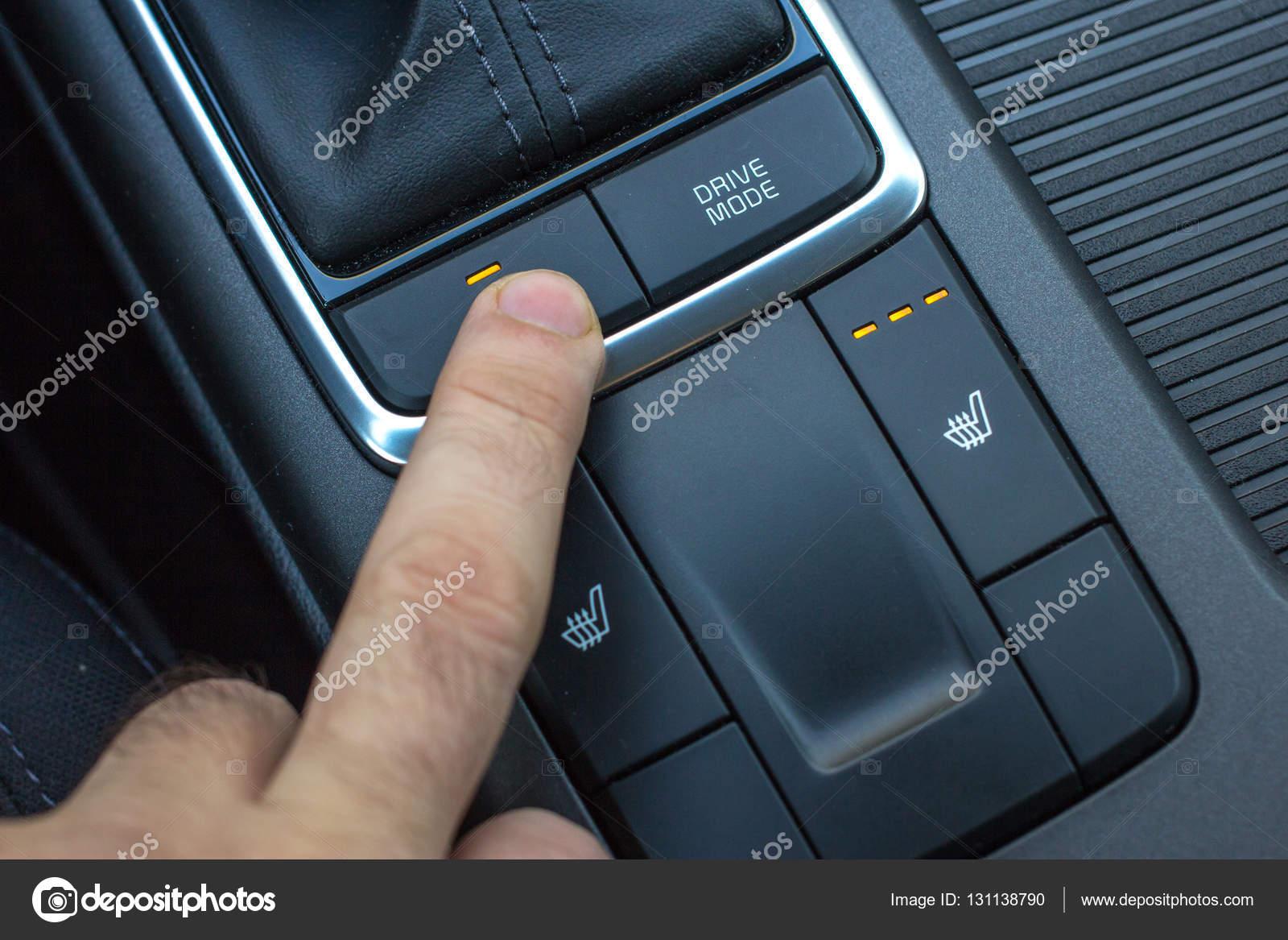 Consolle Centrale Auto.Console Centrale Auto Moderne Con Sedile E Sterzo