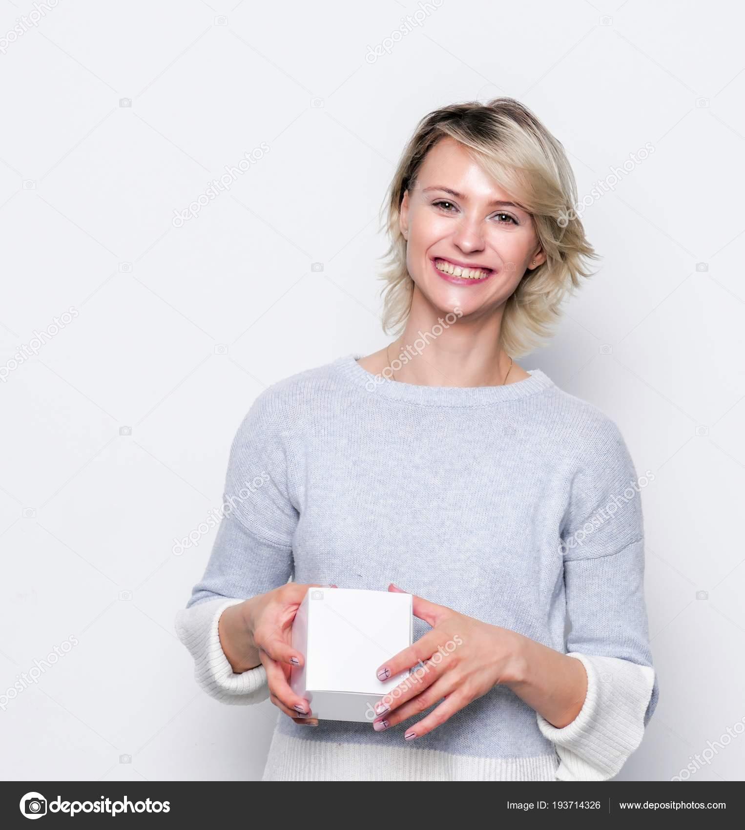 Льготное протезирование зубов в 2018 году: кому положено