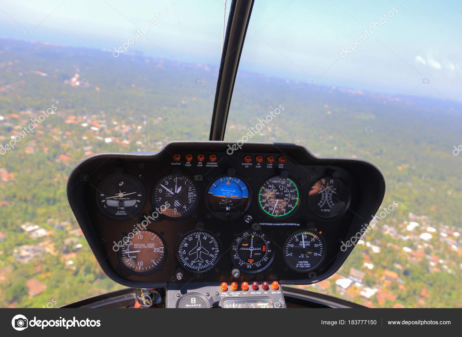 Intérieur Vue Intérieur Cabine Hélicoptère — Photographie Viktor4ik ...