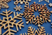 Ruční rustikální dekor pro zimní dovolenou