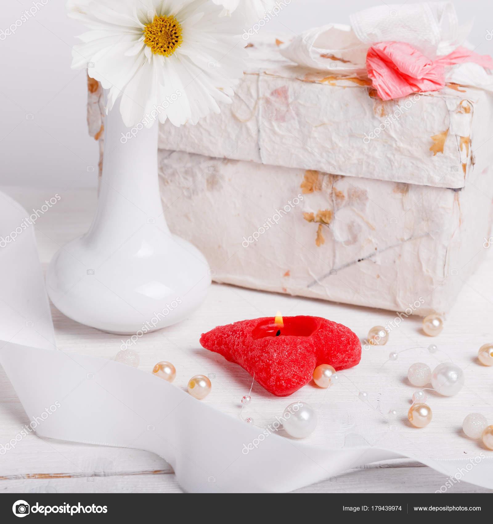 Bouquet Cosmos Flores Silvestres Brancas Cosmea Vaso Presente Vela