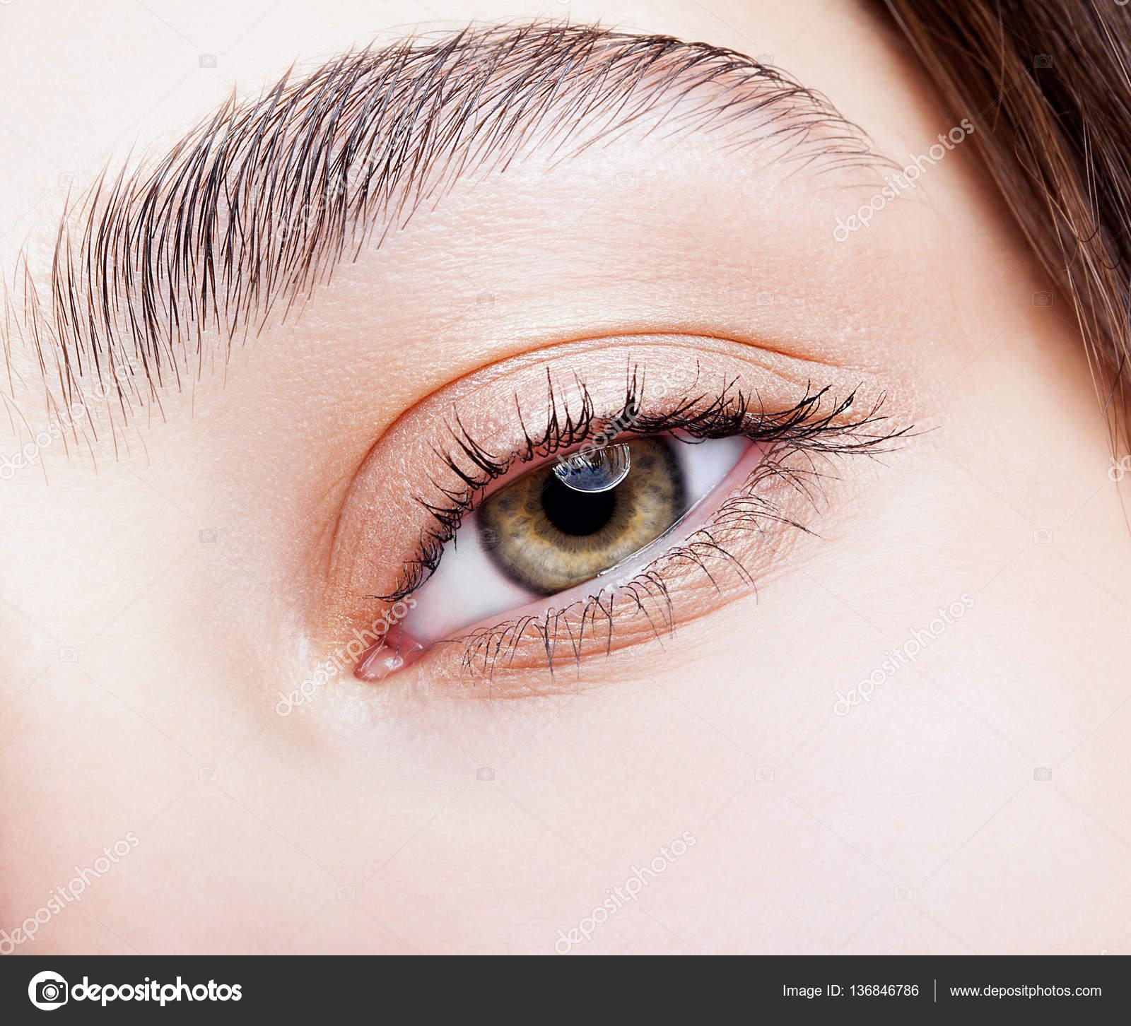 Makijaż Oczu Piwne Kobiece Zdjęcie Stockowe Zastavkin 136846786