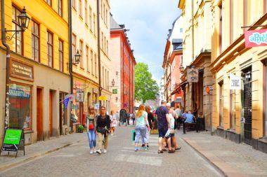 Tourists in Stora Nygatan street