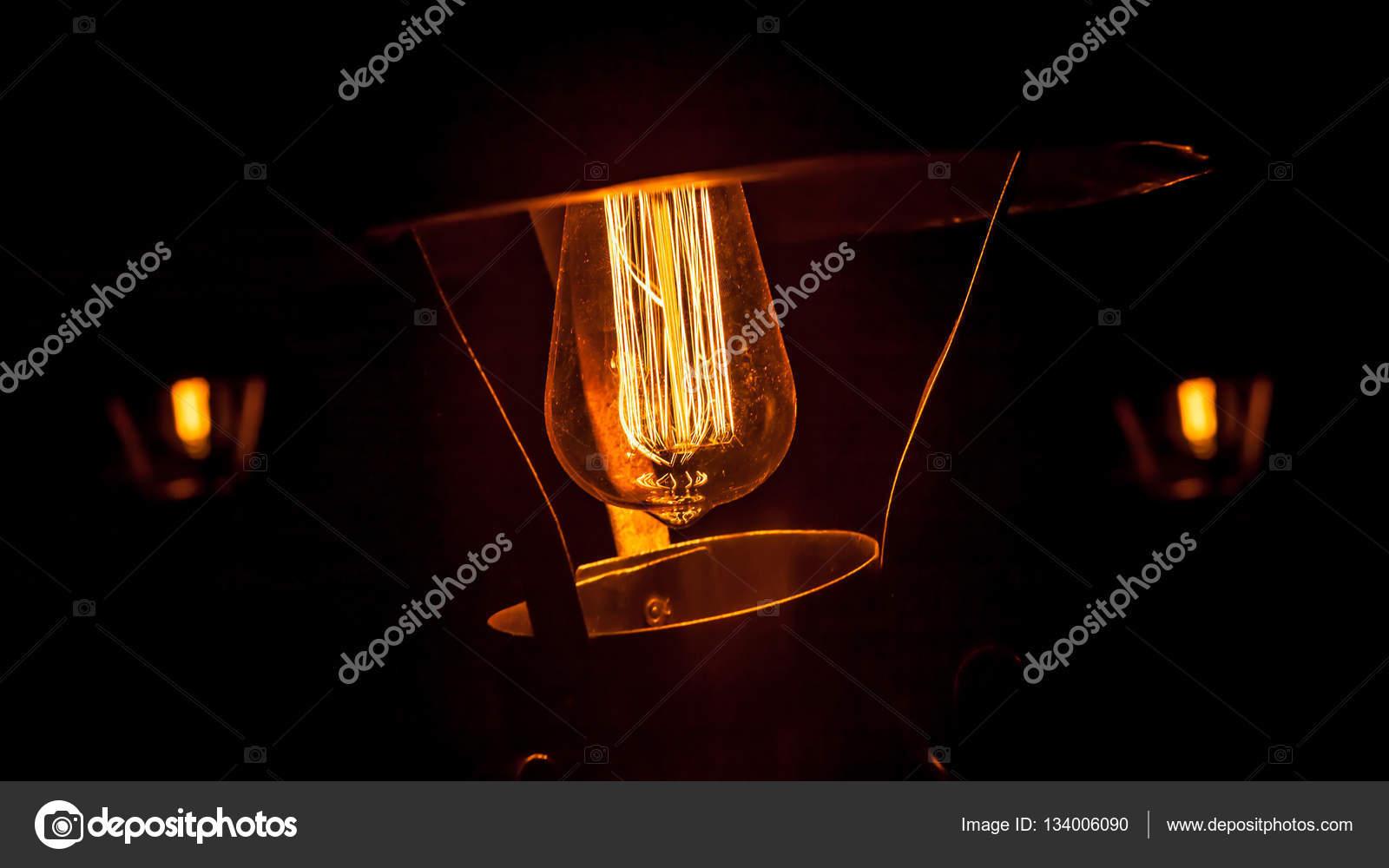 Kronleuchter Edison ~ Dekorative antike edison stil glühbirnen kronleuchter hintergrund