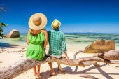 Fotografie Couple on a beach at Seychelles