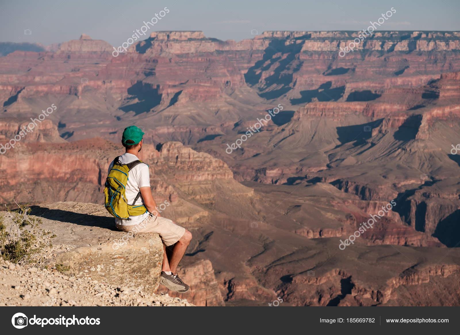 Canyon Assis Dos Sur Touristique Avec Grand Sac Bord Rocher sdhQxtrC