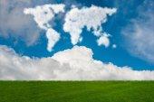 Mapa světa z oblaků v přírodě koncept-3d vykreslování