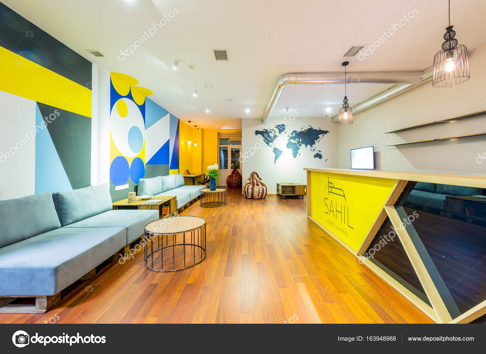 Hotel reception of hostel dormitory — Stock Photo © Elnur_ #163948988