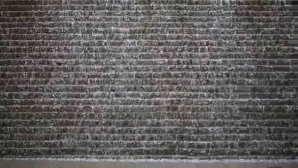 zeď s mnoha padlých kapky
