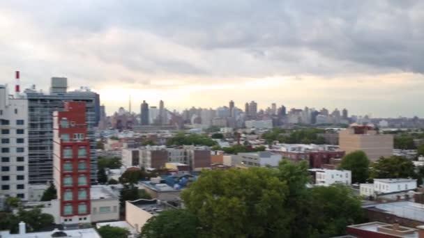 Západ slunce v newyorském Queensu