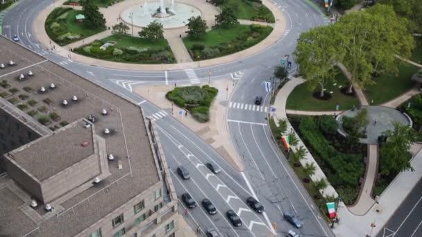 Philadelphia, Usa - 4. September 2014: Benjamin Franklin Parkway zwischen Logan Square und Philadelphia, Usa-Museum für Kunst am sonnigen Tag über Ansicht