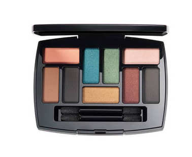 Make up glamour powder or eyeshadows palette