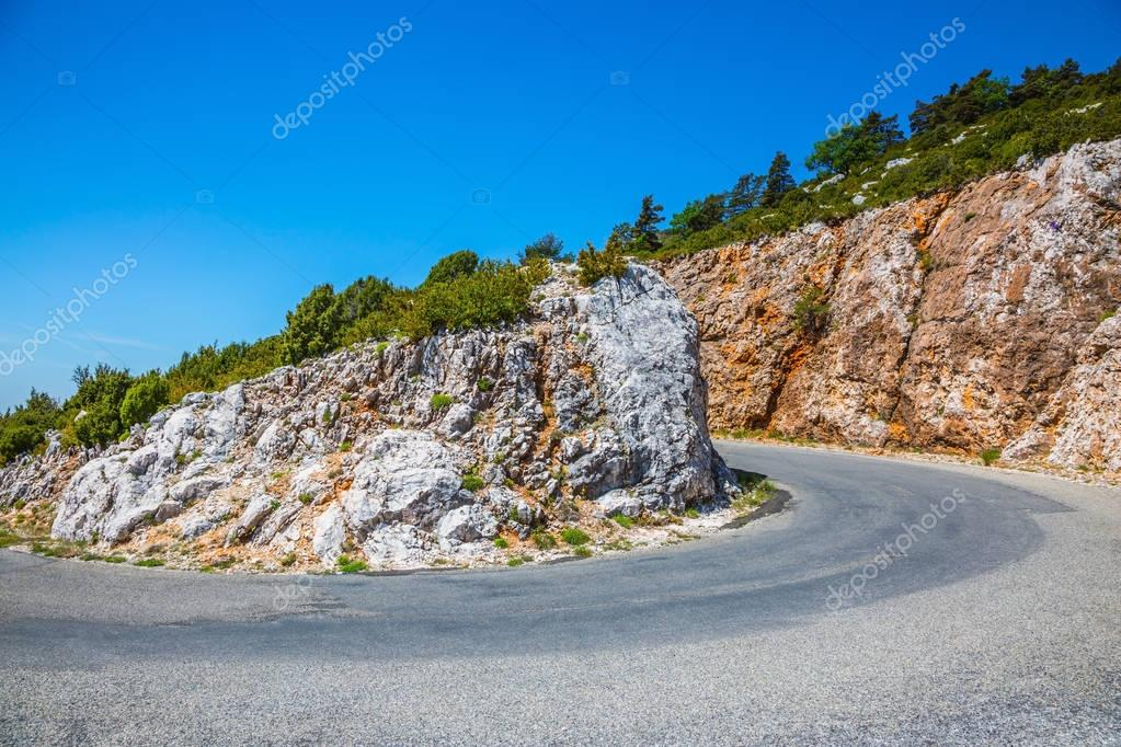 dangerous bend of mountain highway