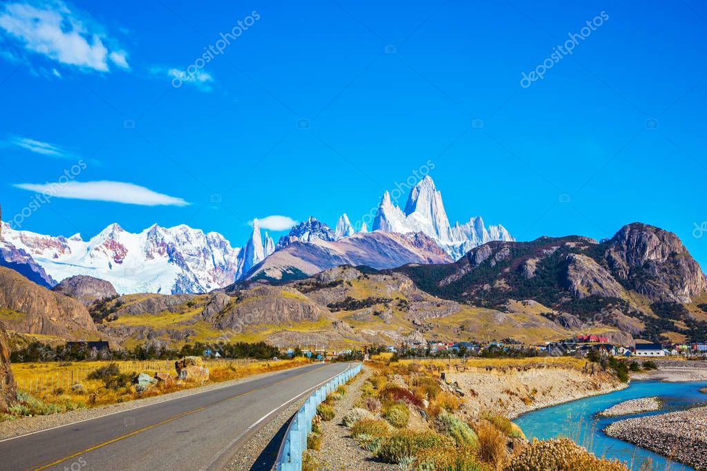 road leading to majestic Mount Fitz Roy