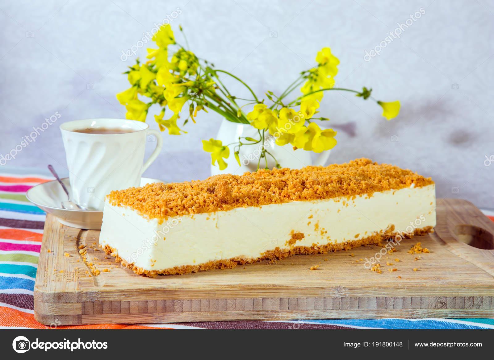 Porcelánový koláč