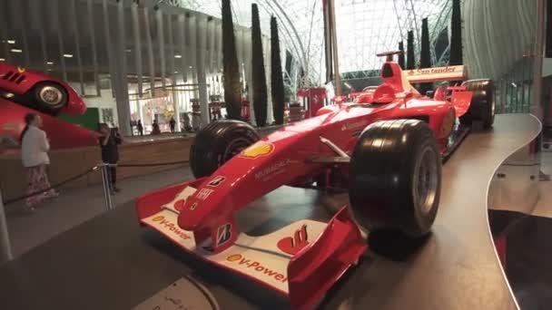 Auto esposizione in un parco a tema Ferrari World Abu Dhabi stock footage video