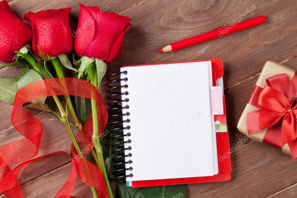 Love letter notepad, roses and gift