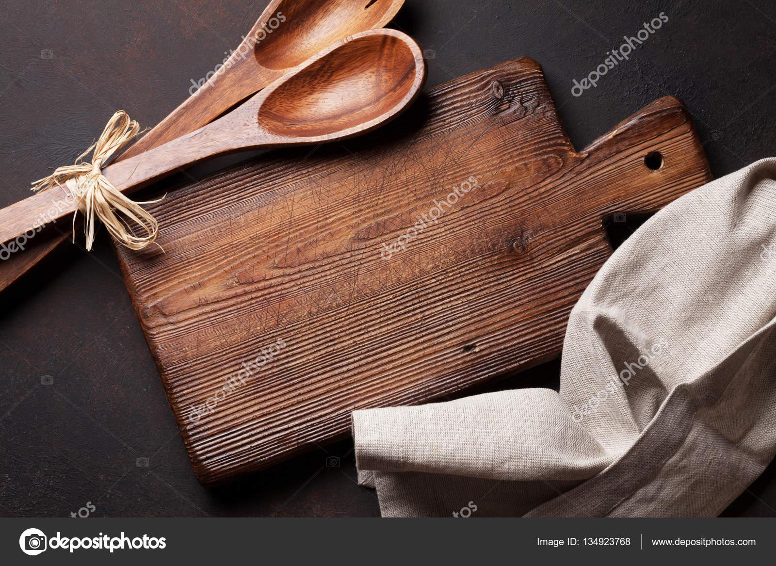 vecchi utensili da cucina — Foto Stock © karandaev #134923768