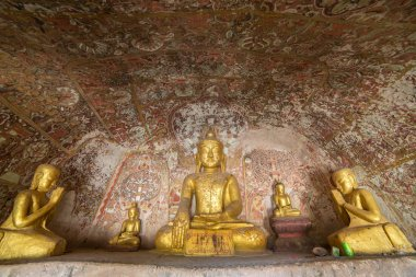 Buddha statues in Caves
